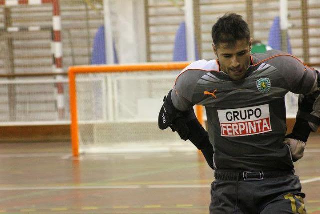 Sporting cede Igor Alves e recebe Carlos Coelho