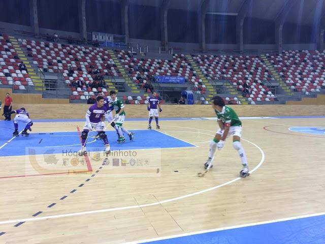 Trofeu Teresa Herrera - Valença HC perde na Corunha.