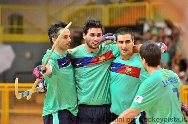 Barça (campeão) empata com Réus